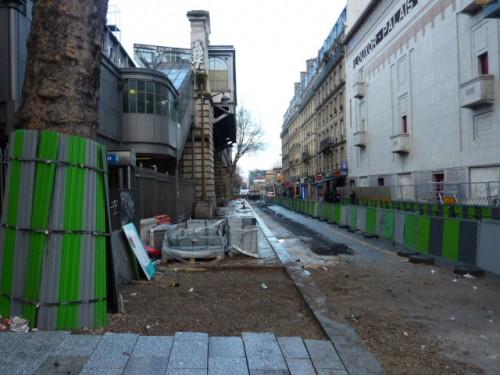 paris,Barbès,métro,voirie