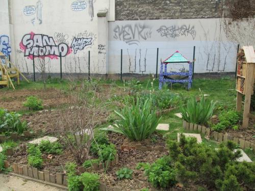 paris,paris 18e,square jessaint,emmaüs-solidarité,espaces verts
