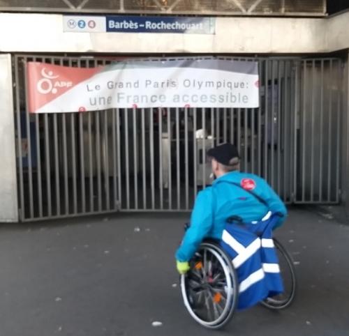 paris,18e,métro,station-barbes-rochechouart,ratp,marché-de-barbès