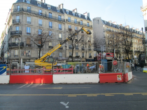 paris,paris-18e,ratp,chateau rouge,mairie du 18e,espace public,commerces,circulation,voirie