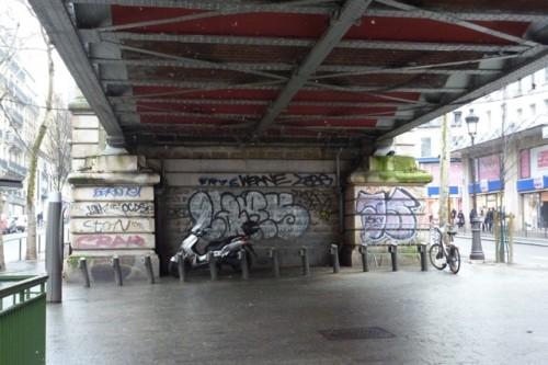 paris,vélib',ratp,pigeons,filets,barbès-rochechouart