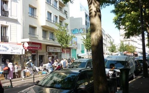 paris,barbès,carrefour,vente-à-la-sauvette,cigarettes,marché-parallèle,police,trafic
