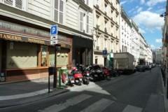 paris,9e,tour-d-auvergne,trottoirs,stationnements,motos,enfants,crèche,école