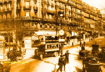 medium_colonne_boulevard_montmartre_angle_drouot_italiens.jpg