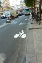piste cyclable sur chaussée Magenta web.JPG