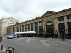PHOTOS - gare du nord emplacements vides pour taxis.JPG