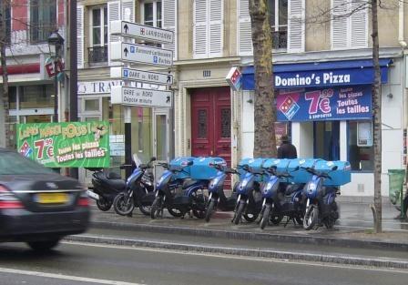 paris, Magenta, pizzeria, emprise, occupation espace public, enseigne, banderole