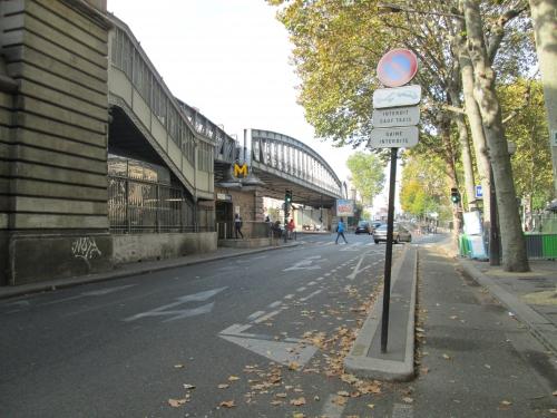 paris,paris 10e,paris 18e,barbès,chapelle,promenade urbaine,ratp,viaduc-du-métro-aérien,marché,voirie,apur