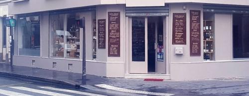 commerce-de-proximité,paris,goutte-d-or,paris-18e,la-fine-épicerie-de-la-goutte-d-or,nawfal-bouya,chez-nawfal