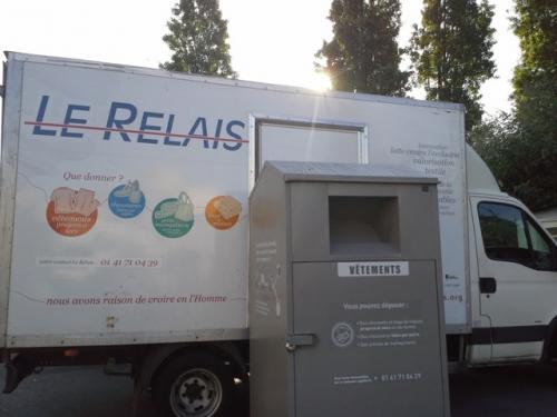 paris,pantin,le-relais,collecte-vêtements,textiles,bornes,solidarité,recyclage,valorisation