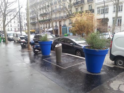Paris,propreté,colonne à verre