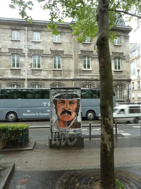 paris,bd-de-Rochechouart,armoire-électrique