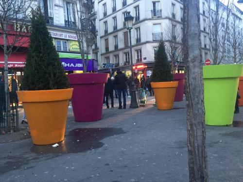 paris,paris 18e,végétalisation,espace public,marché sauvette