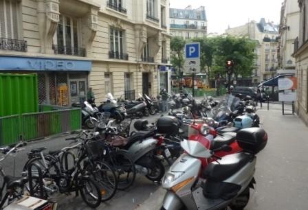 des motos partout-web.JPG