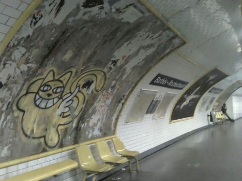 paris,le-chat,thomas-Vuille,métro,barbès-rochechouart